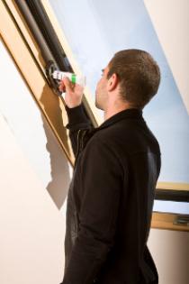 Fakro Dachfenster Pflege & Wartung - B&F Fensterhof
